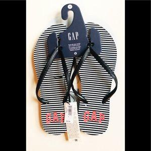 ☼4 for 20$☼ NWT Stripped Gap Flip Flops